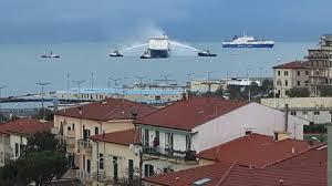 Incendio a bordo, paura sulla motonave al largo del porto di Livorno -  Cronaca - lanazione.it