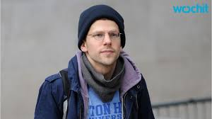 Jesse Eisenberg Has Run-In With Anti-Gay Protesters In London ...