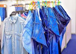 apparel ers rush to b2b