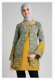 Hanya di bmgshop jual model baju batik terbaru 2019 couple pasangan langsung dari konveksi harga murah daripada toko sebelah. 40 Model Baju Batik Atasan Wanita Terbaru Update Desain Modern Trendi Model Baju Muslim Gamis Syar I Abaya Terbaru Modelmu