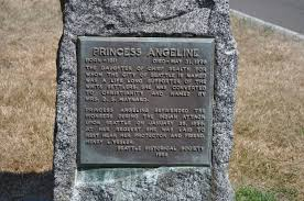 File:Seattle - Lake View Cemetery - Princess Angeline grave.jpg - Wikimedia  Commons