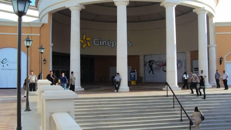 "Resultado de imagen para cinepolis plaza galerias Tijuana"""