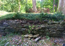 retaining wall repair cle landscaping