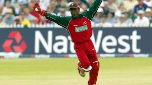 10 shortest cricketers you will be