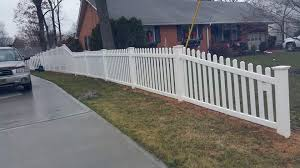 6ft Solid Taper 6 To 4ft Contemporary Picket Dog Ear Pickets New England Caps Smc Fence