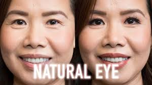 simple natural matte eye makeup for