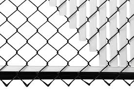 Chain Link Sky Blue Double Wall Tube Privacy Slat 4ft High Fence Bottom Lock