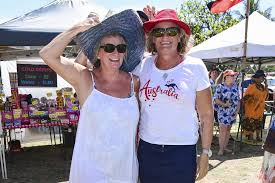 Leeanne Connolly and Wendy Johnston having a great day out ...   Buy Photos  Online   News Mail
