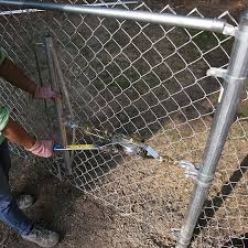 Install A Chain Link Fence In 2020 Chain Link Fence Chain Link Fence Installation Fence Fabric