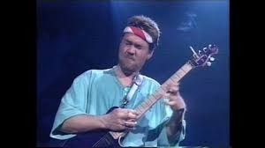 Eddie Van Halen - Eruption (live) Pensacola HD - YouTube