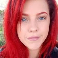 utdannet makeup artist tilbyr kurs og