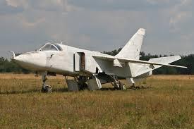 File Sukhoi Su 24 Fencer 15 White 8602808235 Jpg Wikimedia Commons