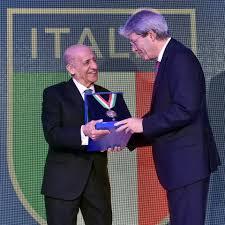 FINA President receives CONI Gold Collar | fina.org - Official FINA website
