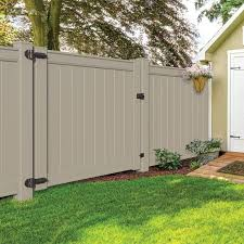 Emblem 6x8 Vinyl Privacy Fence Kit Vinyl Fence Freedom Outdoor Living For Lowes In 2020 Vinyl Fence Fence Gate Vinyl Privacy Fence