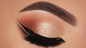 smokey eyes double winged eyeliner