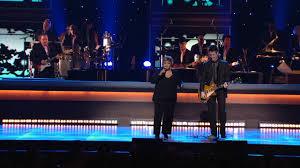 """Mavis Staples & Johnny Lang-""""Gotta Serve Somebody"""" - YouTube"""