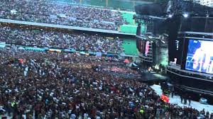 Apertura concerto Vasco Rossi San Siro - LIVE KOM 2015 - YouTube