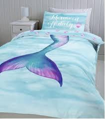 40 Cute And Beautiful Mermaid Themes Bedroom Ideas For Your Children Bedroom Themes Mermaid Room Decor Mermaid Bedding