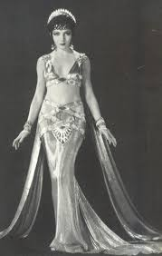 Claudette Colbert. | Costume inspiration | Pinterest | Cleopatra ... |  Vintage costumes, Fashion, Vintage beauty