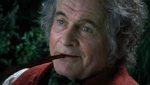 La Terra di Mezzo piange Ian Holm, fu Bilbo Baggins nella trilogia ...
