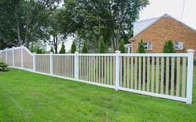 Popular Vinyl Fence Colors 7 Pvc Fence Colors Combos For Your Yard