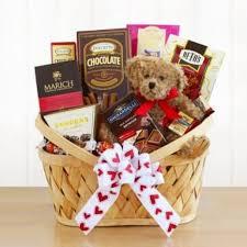 huggable valentine gift basket for