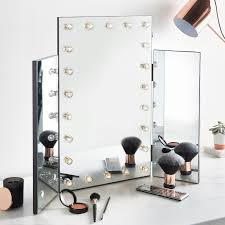 hollywood makeup mirror with lights