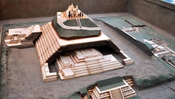 maqueta del interior de la Pirámide de Cholula