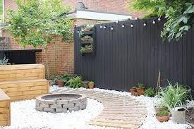 Pin By Shelley Smith On Landscape Garden Fence Paint Modern Garden Design Garden Makeover