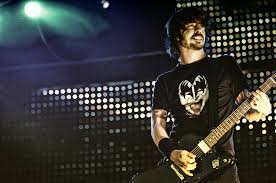 La hija de Dave Grohl canta con Foo Fighters «My hero»