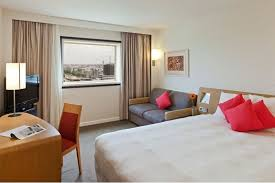 78 eur courbevoie hotel novotel paris