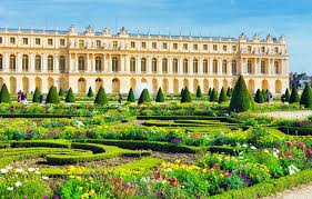 19 top rated day trips from paris
