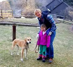 Meet Janie And Her Human Family The Demma S From Fly Creek Mom Linda And Sweet Genevieve With Dad Andy S Help They Did A Wonderf Dog Fence Your Dog Dogs