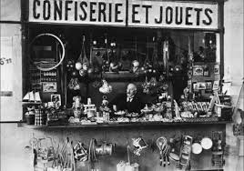 Georges Melies shop - Montparnasse Station, Paris. After going bankrupt and  burning most of his work. Melies became a toy make … | George melies, Toys  shop, Georges