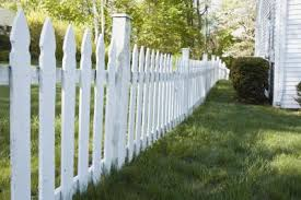 How To Make A Garden Picket Fence Home Guides Sf Gate