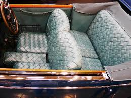 clean and maintain leather car seats