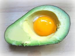 diy avocado and hair egg mask lm