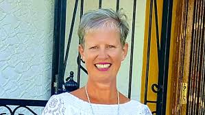 Former PSNI officer Wendy Walker on offering hope to women after battling  breast cancer - BelfastTelegraph.co.uk