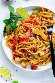 easy stir fry with udon noodles stir