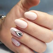 18 cute designs for oval nails to rock