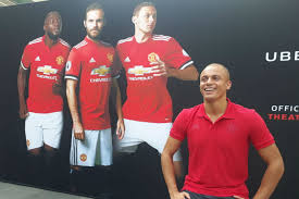Ex-United star Wes Brown on Manchester attack, Kerala Blasters, Fergie -  myKhel