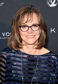 Sally Field's life in pictures   Gallery   Wonderwall.com