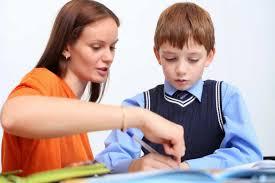 Vì sao bố mẹ không nên tự dạy học tiếng Anh cho bé tại nhà?