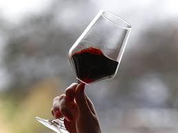 Volksweisheit: Kann ein Glas Rotwein am Tag wirklich gesund sein? |  Augsburger Allgemeine