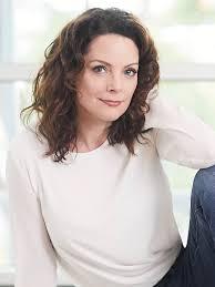 Kimberly Williams-Paisley - IMDb