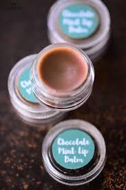 5 delicious diy chocolate lip balms