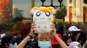 とっとこハム太郎」はなぜタイで反政府デモのシンボルになったか(六辻 ...