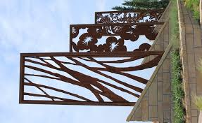 A Panel With Organic Abstract Lines That Look Like Branches Could Look Nice Against The Fence Somewhere Or Eve Steel Art Metal Garden Art Plasma Cutter Art