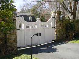 Car Port Gate Farm Google Search Wooden Gates Wooden Garden Gate Driveway Gate