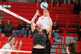 No. 15 Lewis Women's Volleyball Advances To Semis With 3-0 Win Over Quincy  - Lewis University Athletics